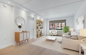 1 Bedroom, Two Bridges Rental in NYC for $3,588 - Photo 2