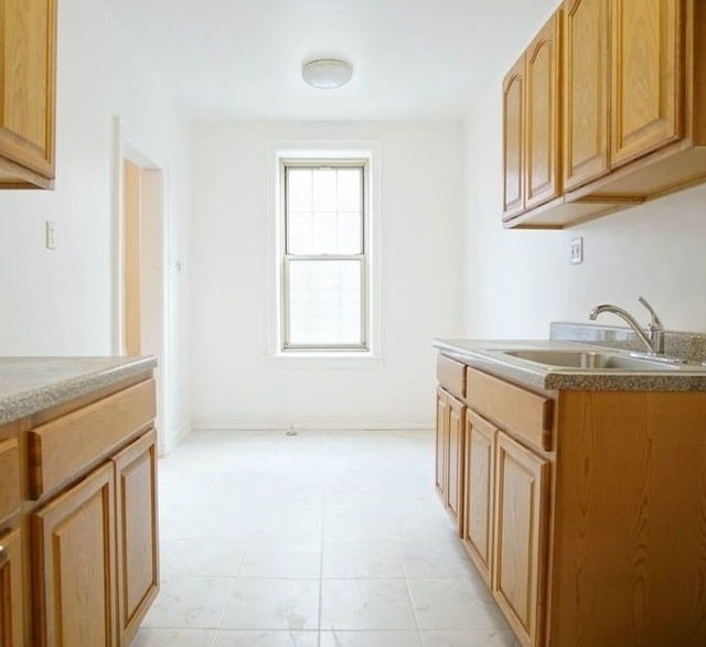 Studio, Madison Rental in NYC for $1,500 - Photo 2
