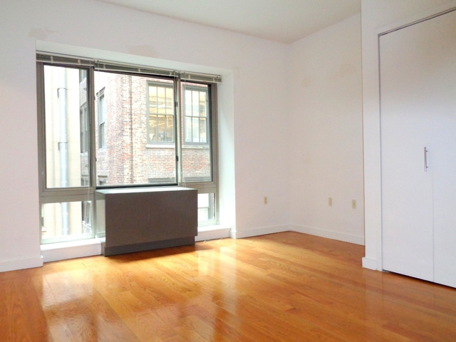2 Bedrooms, Flatiron District Rental in NYC for $6,495 - Photo 2