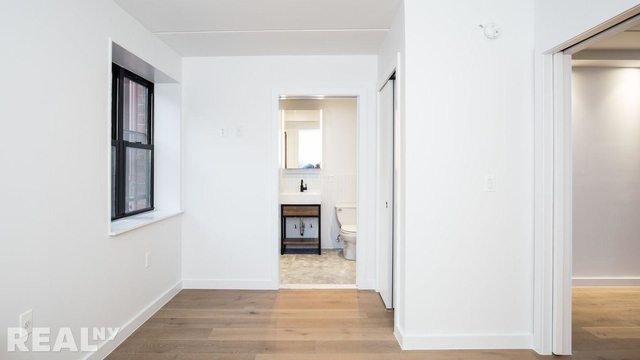 1 Bedroom, Two Bridges Rental in NYC for $3,437 - Photo 1