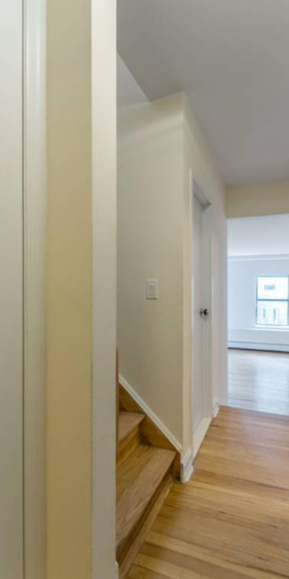 2 Bedrooms, East Village Rental in NYC for $5,000 - Photo 2