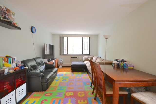 2 Bedrooms, Cooperative Village Rental in NYC for $3,150 - Photo 2