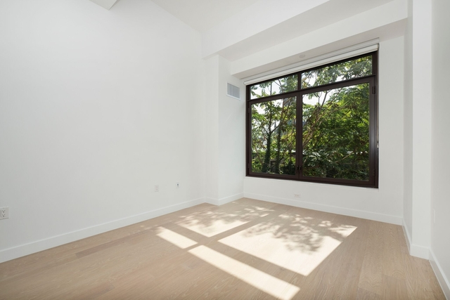 2 Bedrooms, North Slope Rental in NYC for $7,288 - Photo 1