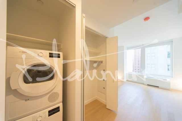 Studio, Financial District Rental in NYC for $2,570 - Photo 1