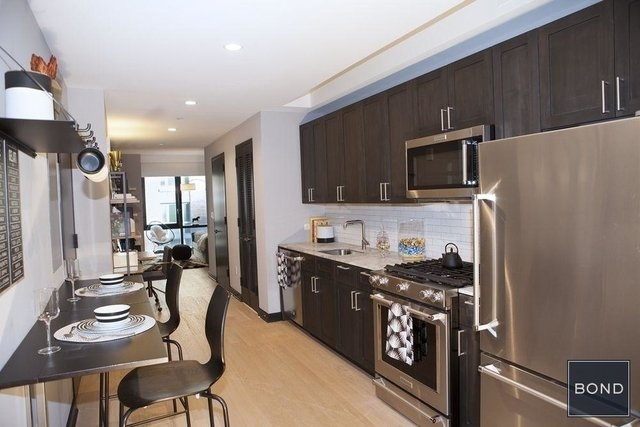 Studio, Lincoln Square Rental in NYC for $3,625 - Photo 2
