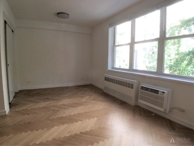 Studio, Sutton Place Rental in NYC for $2,625 - Photo 2