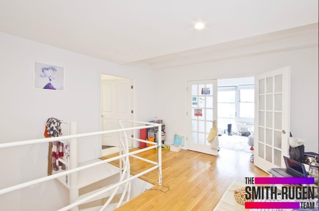 2 Bedrooms Lower East Side Rental In Nyc For 4 195 Photo 1