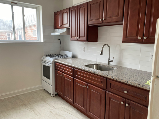 2 Bedrooms, Ditmars Rental in NYC for $2,195 - Photo 1