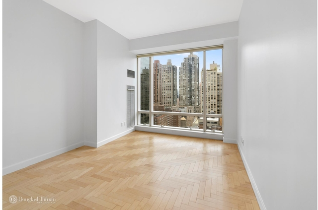 2 Bedrooms, Lincoln Square Rental in NYC for $9,300 - Photo 1