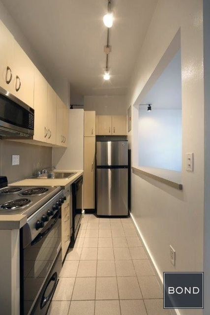 1 Bedroom, SoHo Rental in NYC for $3,595 - Photo 2