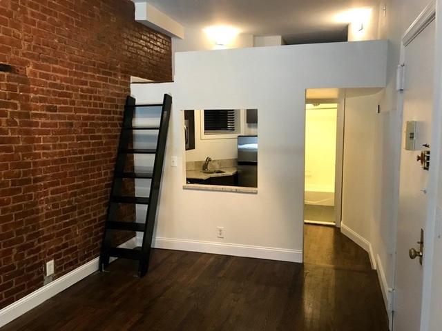 Studio, Yorkville Rental in NYC for $2,650 - Photo 2