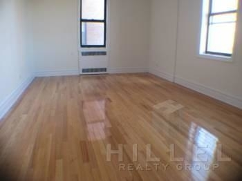1 Bedroom, Flushing Rental in NYC for $1,825 - Photo 2
