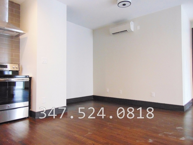 Room, Bedford-Stuyvesant Rental in NYC for $1,000 - Photo 2