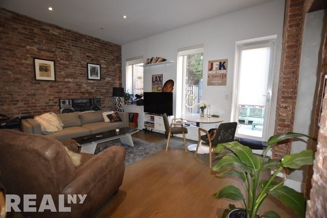 3 Bedrooms, Lower East Side Rental in NYC for $6,498 - Photo 2