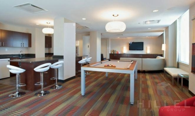 2 Bedrooms, Williamsburg Rental in NYC for $5,100 - Photo 2