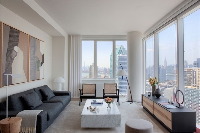 3 Bedrooms, Long Island City Rental in NYC for $6,514 - Photo 1