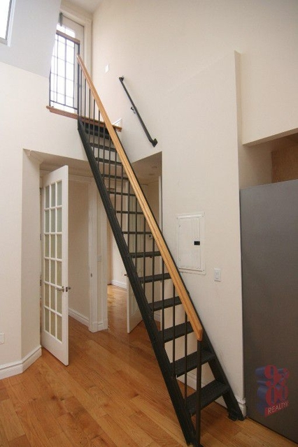 3 Bedrooms, Lower East Side Rental in NYC for $6,915 - Photo 2
