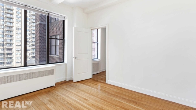 1 Bedroom, Lincoln Square Rental in NYC for $5,240 - Photo 1