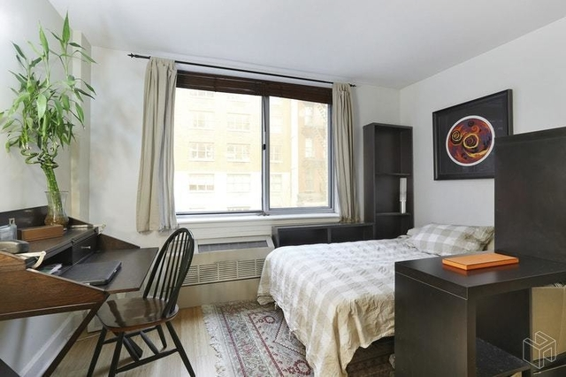 Studio, Hell's Kitchen Rental in NYC for $2,586 - Photo 1