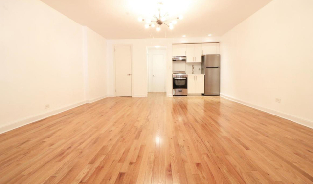 2 Bedrooms, Rose Hill Rental in NYC for $3,375 - Photo 2