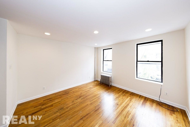 1 Bedroom, Alphabet City Rental in NYC for $2,750 - Photo 2