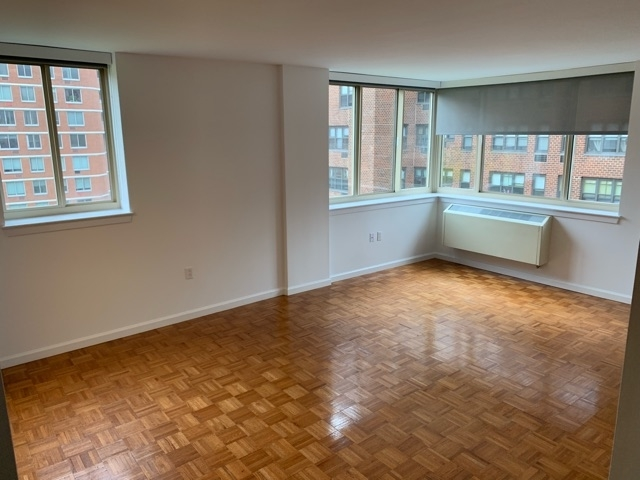 2 Bedrooms, USA Rental in  for $3,300 - Photo 1