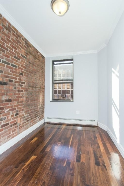 3 Bedrooms, Little Italy Rental in NYC for $5,000 - Photo 2