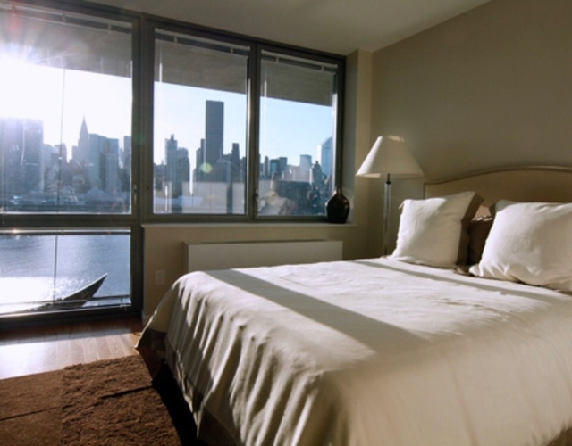 2 Bedrooms, Hunters Point Rental in NYC for $3,101 - Photo 2