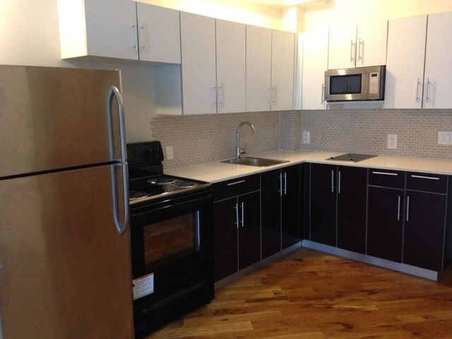 Studio, Long Island City Rental in NYC for $2,700 - Photo 2