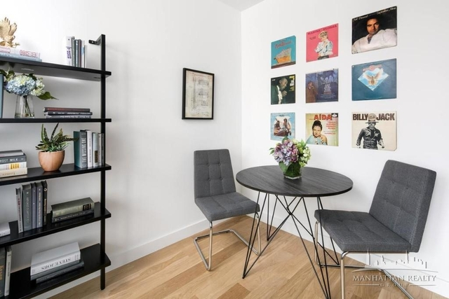 Studio, Garment District Rental in NYC for $2,450 - Photo 2