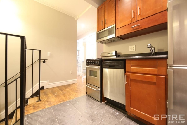 4 Bedrooms, East Village Rental in NYC for $6,134 - Photo 2