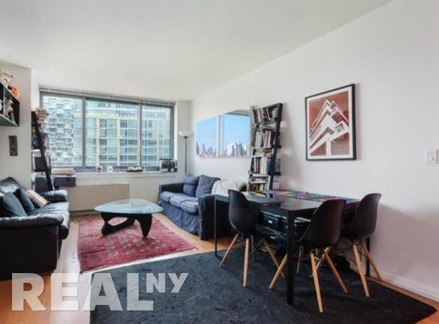 1 Bedroom, Hunters Point Rental in NYC for $2,984 - Photo 1