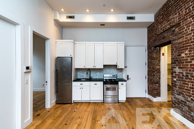 3 Bedrooms, Williamsburg Rental in NYC for $4,760 - Photo 1
