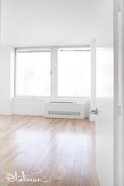 3 Bedrooms, Financial District Rental in NYC for $4,335 - Photo 2