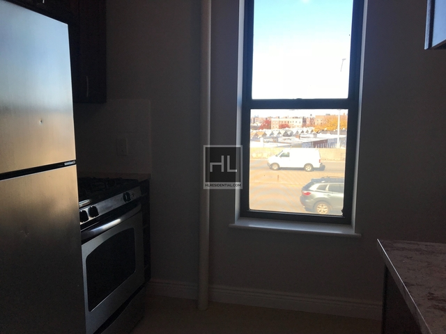 1 Bedroom, Maspeth Rental in NYC for $1,800 - Photo 2
