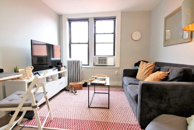 2 Bedrooms, East Harlem Rental in NYC for $2,575 - Photo 2
