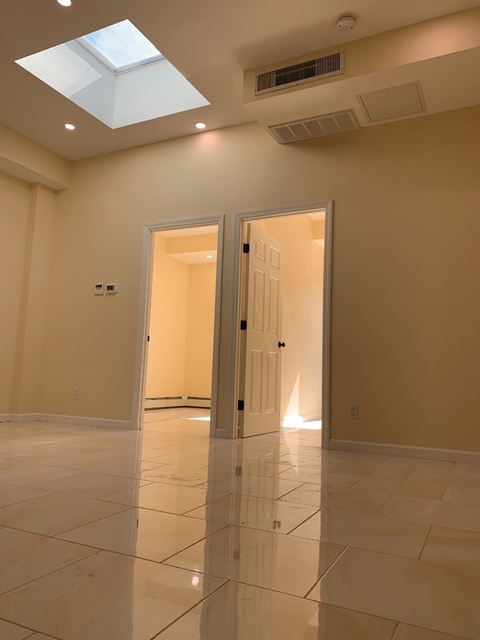 2 Bedrooms, Kensington Rental in NYC for $2,100 - Photo 1