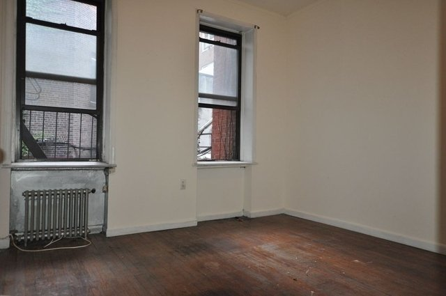 2 Bedrooms, Rose Hill Rental in NYC for $2,500 - Photo 2