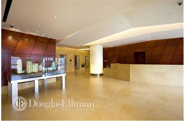 2 Bedrooms, Hunters Point Rental in NYC for $5,062 - Photo 1