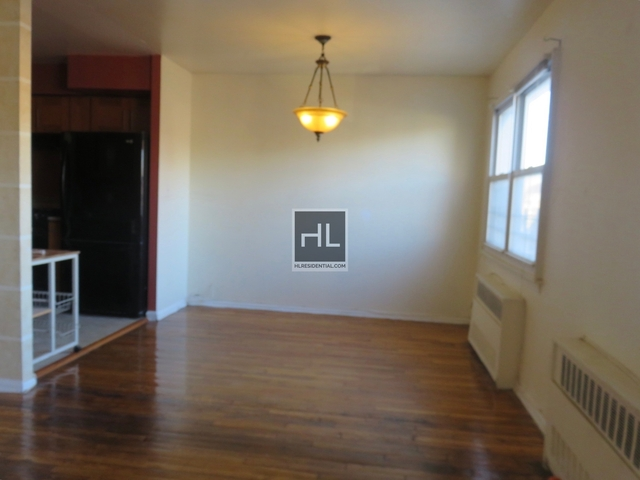 3 Bedrooms, Jackson Heights Rental in NYC for $2,550 - Photo 2