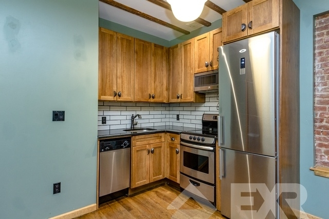 3 Bedrooms, East Williamsburg Rental in NYC for $3,994 - Photo 1