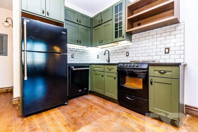 2 Bedrooms, East Williamsburg Rental in NYC for $3,299 - Photo 1