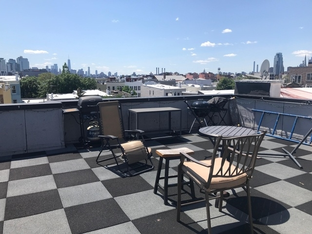 2 Bedrooms, Greenpoint Rental in NYC for $3,299 - Photo 2