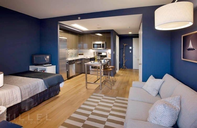 Studio, Long Island City Rental in NYC for $2,350 - Photo 1