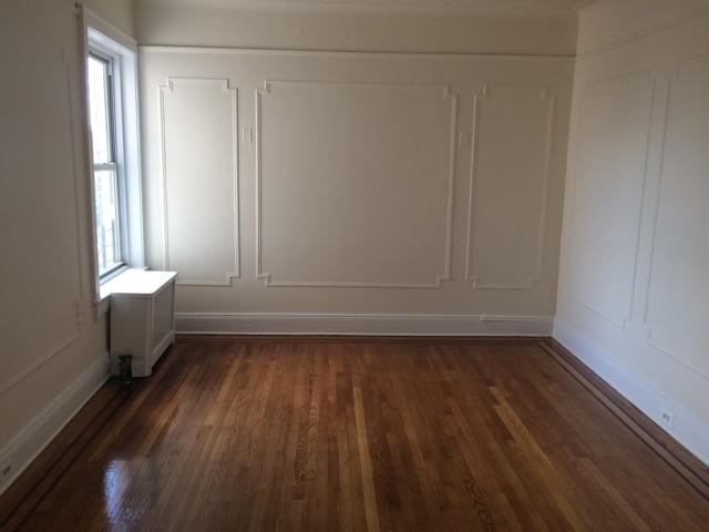 2 Bedrooms, Woodside Rental in NYC for $2,099 - Photo 2