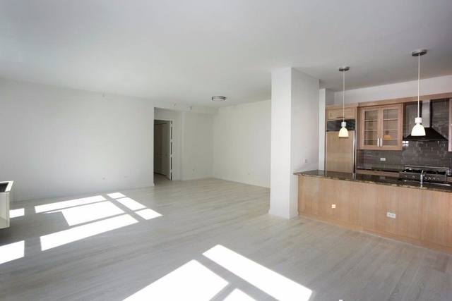2 Bedrooms, SoHo Rental in NYC for $14,500 - Photo 2