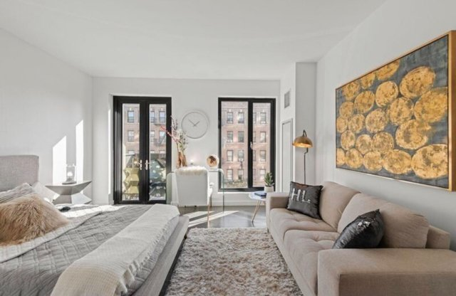 3 Bedrooms, Hunters Point Rental in NYC for $4,210 - Photo 1