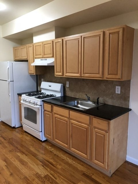2 Bedrooms, Steinway Rental in NYC for $2,150 - Photo 1