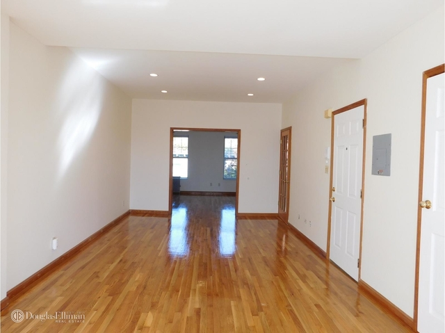 2 Bedrooms, Carroll Gardens Rental in NYC for $2,300 - Photo 2
