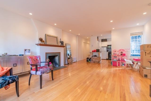 2 Bedrooms, West Village Rental in NYC for $5,395 - Photo 1